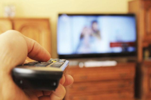 テレビつけたまま,テレビつけっぱなし