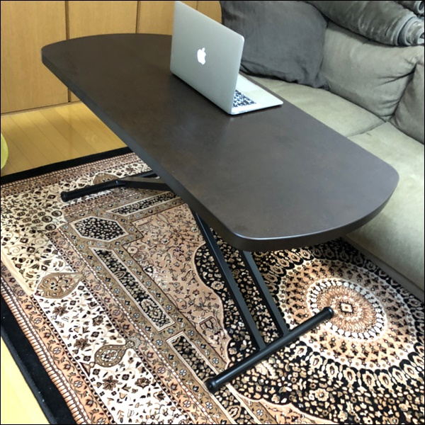 昇降テーブル
