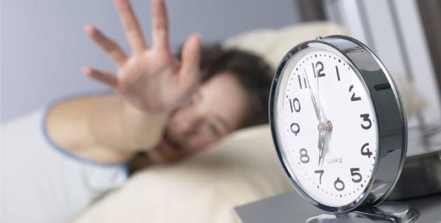 朝起きられない 病気 大人