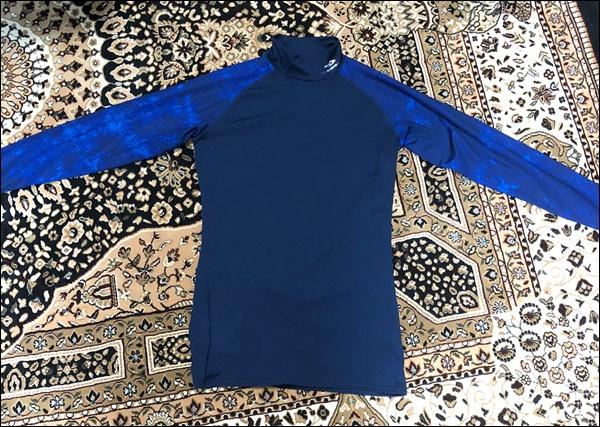 【レビュー】TIGORAの冬用コンプレッションシャツ(起毛)を買ってみた