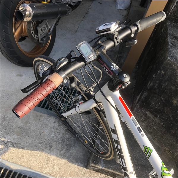 クロスバイクのグリップをバーテープに交換したよ12