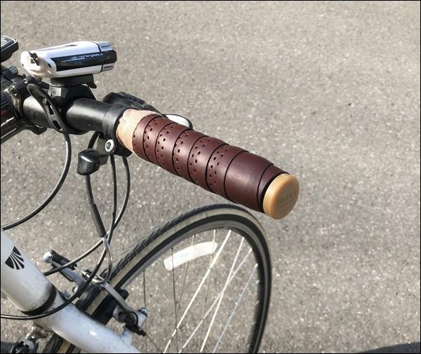 クロスバイクのグリップをバーテープに交換したよ19