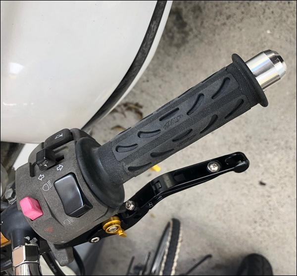 バイクのグリップ交換 (10)