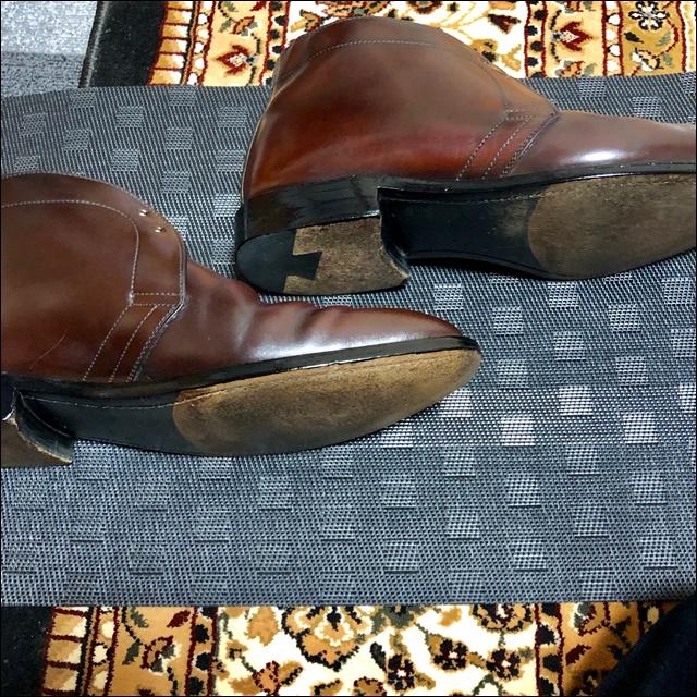 コードバンの革靴の反対側にもコバインキを塗るよ2