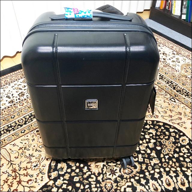 【レビュー】スーツケースがガラガラうるさいから買い替えたった\(^o^)/