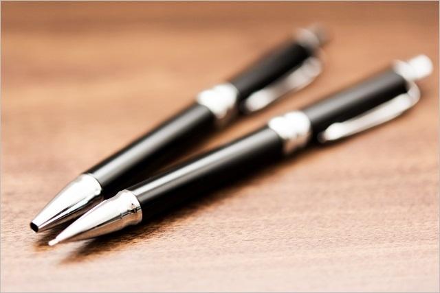 高級なボールペンのイメージ