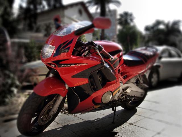 乗られてなさそうなレーシングバイク